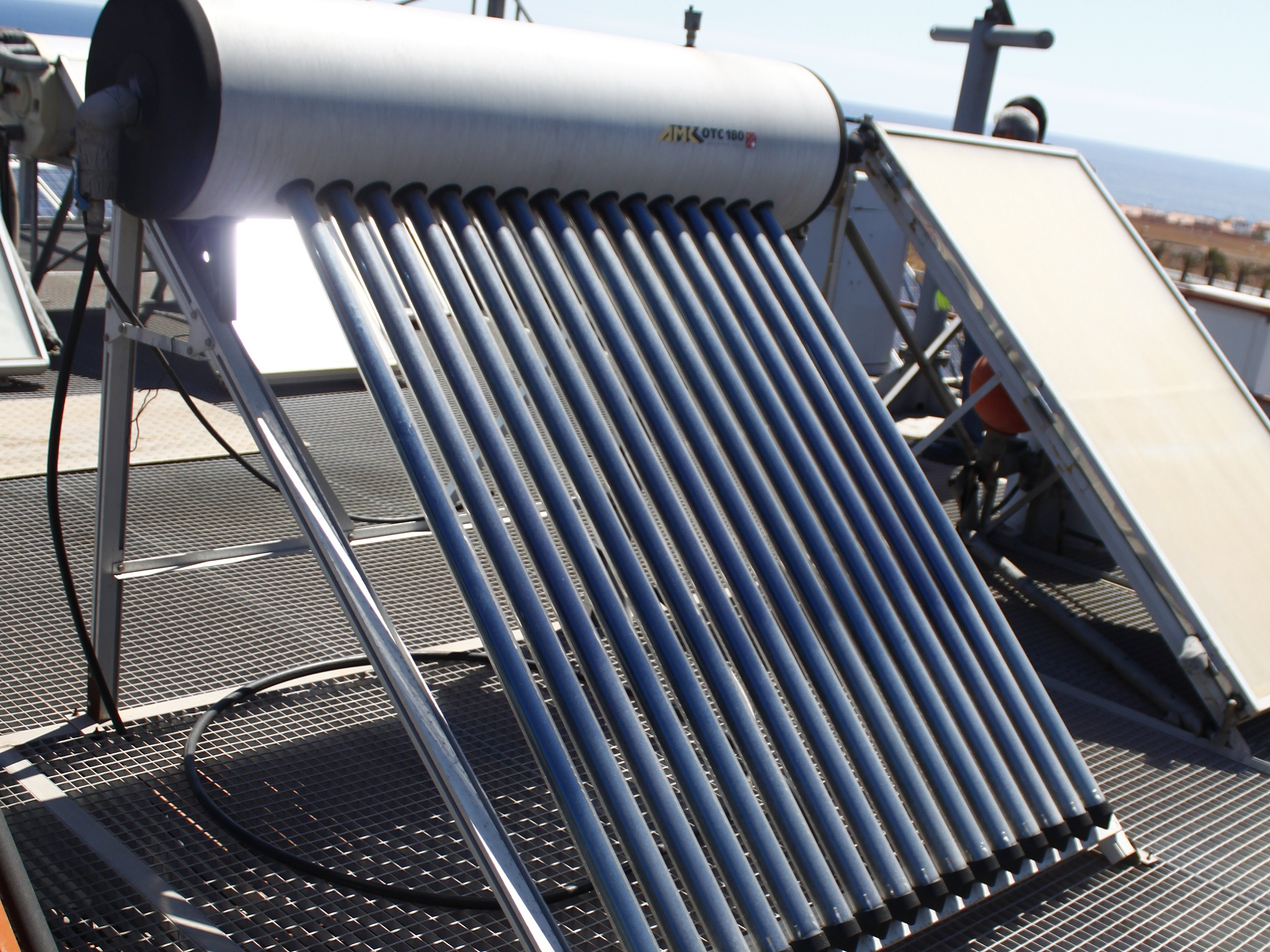 Curso Montaje y mantenimiento de instalaciones solares térmicas - Cenfoc Las Palmas de Gran Canaria