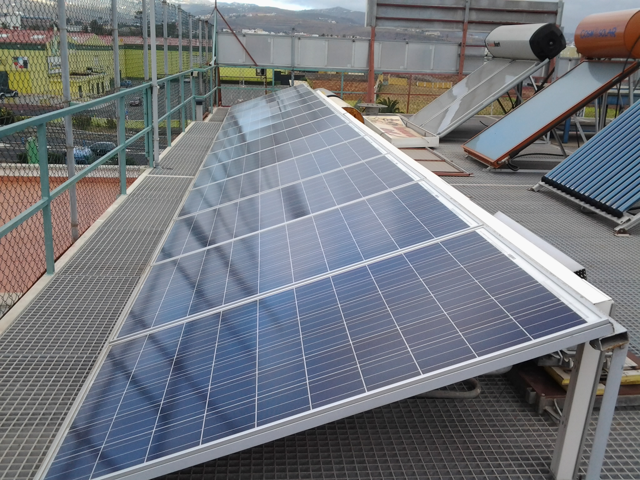 Montaje y mantenimiento de instalaciones solares fotovoltaicas - CENFOC Las Palmas de Gran Canaria
